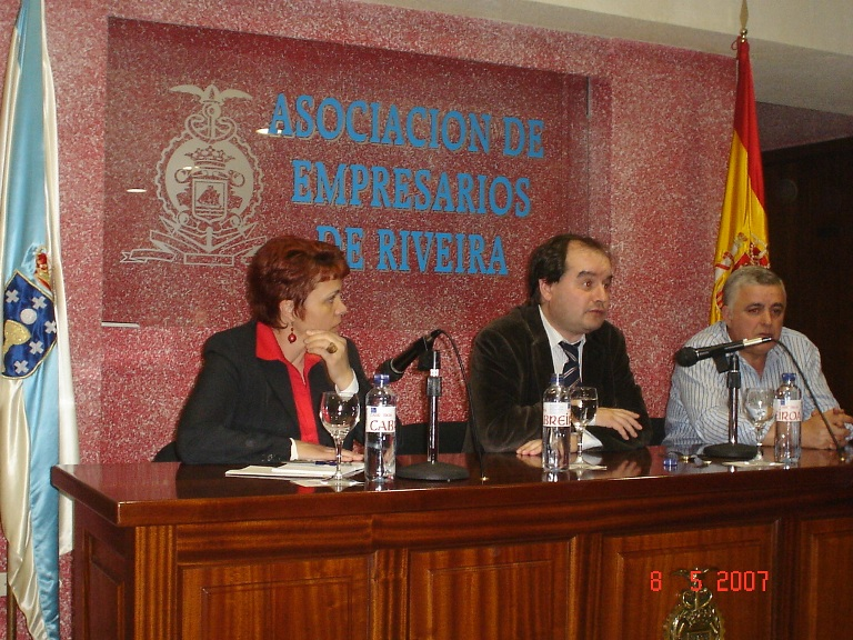 Reunión co sector hostaleiro