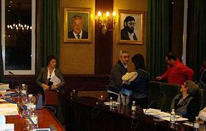 Os Concelleiros e Concelleiras do BNG abandonando o Pleno