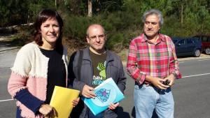 A deputada Ana Pontón, cos concelleiros Xosé Antonio Vázquez Cobas do BNG Ribeira e Ramiro Ouviña do BNG Pobra. Polígono Barbanza. BNG