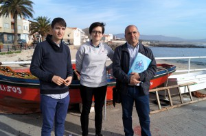 A vice-responsábel do BNG Elvira Blanco e os concelleiros Xosé Antonio Vázquez Cobas e Luís Pérez Barral. Corrubedo. Ribeira