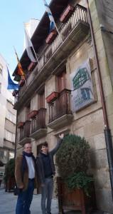 Xosé Vázquez Cobas e Luís Pérez Barral no Museo Municipal Ribeira. BNG