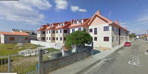 O BNG defende que Ribeira teña vivendas para atender casos de emerxencia social. Casas baleiras en Aguiño